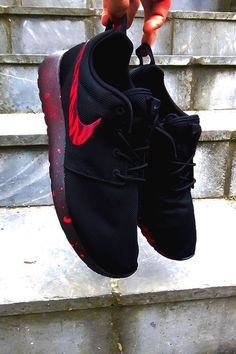 "airville: ""BlackOut Foudeuse Roshe Runs Customs by TrybuCustom Check out more of TryBu's custom sneaker work on IG @TryBuCustom and make s... 