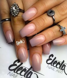 Nude ombre nails & Nude Ombre Nägel mehr The post Nude Ombre Nägel & & Nails appeared first on Powder dip nails . Nail Manicure, Gel Nails, Acrylic Nails, Nail Polish, Powder Manicure, Dipping Powder Nails, Love Nails, How To Do Nails, Pretty Nails
