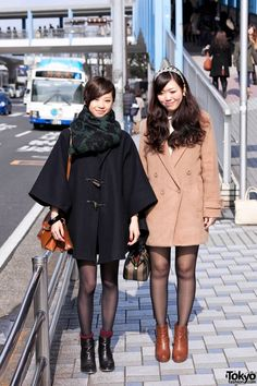 Tokyo Girls Collection Street Snaps 2012 S/S Street Snap Fashion, Tokyo Street Style, Japanese Street Fashion, Tokyo Fashion, Harajuku Fashion, Pantyhose Outfits, Street Style Trends, Punk, Cute Jackets