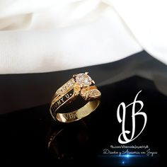 Quito, Ecuador, Class Ring, Rings For Men, Wedding Rings, Engagement Rings, Jewelry, Ideas, Women