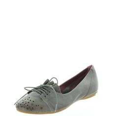 Hemma New take on the ballet flat. With stitching and punching details on the toe area and a dainty little ruffle above the lacing, this looks great on all feet. $149.95 www.ishoes.com.au #ishoes #flats #fashion #shoes