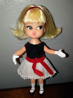 Hasbro Dolly Darling Doll--Teatime