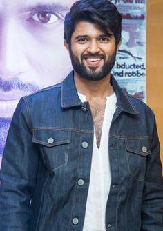 shocking remunaration for vijay devarakonda Vijay Actor, Vijay Devarakonda, Celebs, Celebrities, Telugu, Love Of My Life, My Hero, Actors & Actresses, Handsome