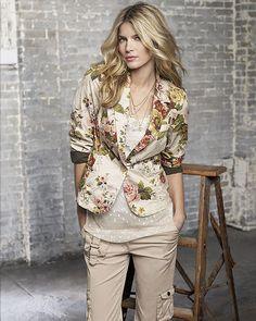 Rose print blazer $89.00 #fashion #jacket