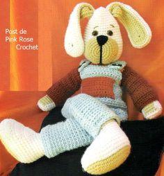 O coelho elaborado com lã ou linha fica lindo e pode ser utilizado para presentear alguém, seja na P