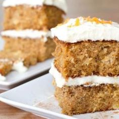 Traditional Rich Carrot Cake with Creamy FrostingTraditional Rich Carrot Cake with Creamy Frosting