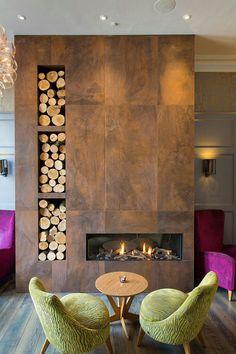 Камин в интерьере: 140 избранных идей для гостиной и тонкости каминного искусства http://happymodern.ru/kamin-v-interere-140-foto-gostinaya-s-kaminom/ Чтобы немного разбавить интерьер, добавьте в него яркие акценты