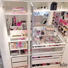 23 Ideas for makeup storage ikea pax wardrobe Vanity Organization, Organization Hacks, Organizing, Storage Organizers, Make Up Tisch, Armoire Pax, Rangement Makeup, Make Up Storage, Storage Ideas