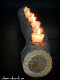 The DIY Housewives are at it again and these DIY wood projects are so easy, anyone can make them. Check out that wood log candle! Wood Projects, Craft Projects, Projects To Try, Wood Crafts, Diy And Crafts, Deco Nature, Candle Holders, Homemade, Crafty