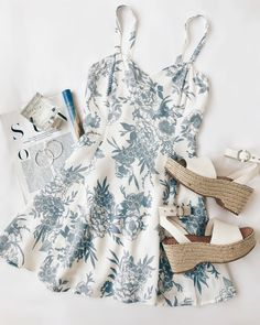 Photo September 26 2019 at womens fashion style hats shoes minimal simple dress ootd summer comfortable for her ideas tips street Source by Check_her_fashion_style Fashion outfits Spring Outfits, Trendy Outfits, Cute Outfits, Fashion Outfits, Womens Fashion, Ootd Fashion, Fashion Hacks, Curvy Fashion, Luxury Fashion