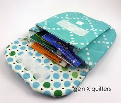 pleated pouch small by gen X quilters