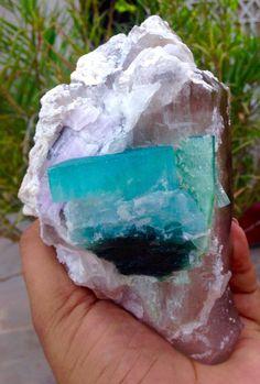 866 GRAMS Terminated Paraiba Blue Tourmaline Crystal w/ PINK KUNZITE ON QUARTZ.