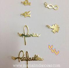 Pronto para montagem... Colar com Nome personalizado.. A letra é da nossa cliente linda  sac@marialindajoias.com  21-972668643 whats ☎ 22-999452209 #colardenome #colares #colar #colarcomnome #colarlindo #joalheriaartesanal #colarcommeunome #joiasexclusivas #jewelry #joiasfolheadas #jóias #joiapersonalizada #joiaspersonalizadas #joias  #joiaexclusiva #joiasparanoivas