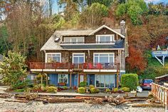 Q: What's better than living in a craftsman home? A: Living in a craftsman home right on the beach!