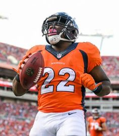 C.J. Anderson scores after Winston was picked off a second time by Talib Aqib.   temp161002_firstB__22--nfl_mezz_1280_1024.jpg (315×360)