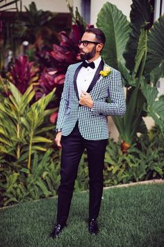 Modern groom outfit idea - houndstooth tuxedo jacket with black trousers and black bow tie {Chris J Evans Photography}