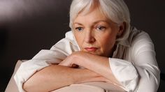 Alzheimer's Strikes Women Harder Than Men #Alzheimers #mindcrowd #tgen www.mindcrowd.org