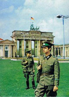 East German border troops (Grenztruppen) in front of the Brandenburg Gate in 1977.  Deutsche Demokratische Republik