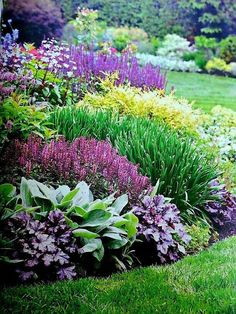 Have a peek here for Flowerbed Landscaping