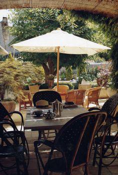 Bastide outdoor,  Saint Remy de Provence