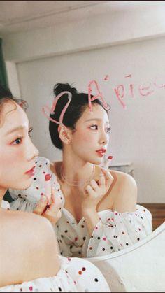 Girls' Generation Taeyeon, Girls Generation, Seohyun, Snsd, S Girls, Kpop Girls, Taeyeon Wallpapers, Chinese Symbol Tattoos, Taeyeon Fashion