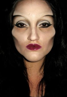 Great contouring but do u think men really enjoy a women to look like this on any day besides halloween?