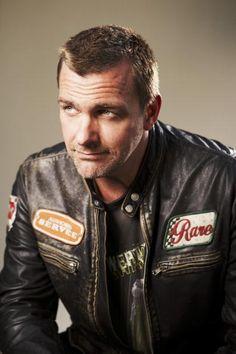 leather jacket-pose - ray-stevenson Photo