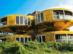 Take a tour through the eerie Sanzhi UFO houses -- an abandoned construction…