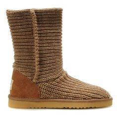 How to clean UGG boots: Keep your favorite UGG boots looking their best with UGG Sheepskin Cleaner and Conditioner. In 5 easy steps* your UGG Classics will be restored to their original look and feel. Ugg Snow Boots, Ugg Boots Sale, Ugg Boots Cheap, Nike Shoes Cheap, Nike Shoes Outlet, Rain Boots, Cheap Uggs, Ugg Bailey Button, Bailey Bow