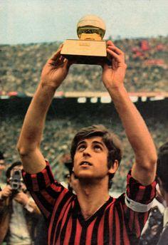 Italian Serie A top goalscorer - Gianni Rivera of AC Milan goals). Ac Milan, Football Soccer, Football Players, Ballon D'or, Soccer Skills, Chelsea Fc, Champions, Big Men, Club