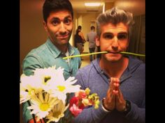 """The guys behind """"Catfish"""" are quite the characters photos) Catfish Tv, Catfish The Tv Show, Movies Showing, Movies And Tv Shows, Nev Schulman, Matt Willis, Banana Bus Squad, Best Places To Camp, Future Husband"""