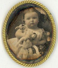 «…Маленькая девочка без куклы почти так же несчастна и точно так же немыслима, как женщина без детей…» Виктор Гюго Кто