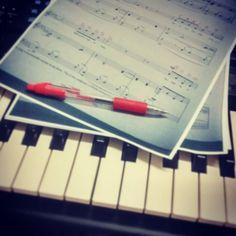 Teaching myself how to read music... #music #score #sheetmusic #hard #teachingmyself #teach #learn #notes #piano #keys #pen #sheets #performingartsstudent  #performingarts #student #studentlife #lfl #l4l #like4like #likeforlike by laurenmarie7853