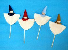Puppet craft for kids. Arts And Crafts Projects, Diy Crafts For Kids, Projects For Kids, Craft Ideas, Puppet Crafts, Felt Crafts, Renaissance Fair, Medieval Fair, Kindergarten Art