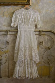 Victorian Lawn and Lace Dress Antique Lace, Vintage Lace, Vintage Dresses, Vintage Outfits, Victorian Lace, Edwardian Fashion, Vintage Fashion, Linens And Lace, Antique Clothing