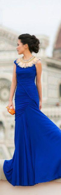 Dress :: DSQUARED²,  Bag :: Alexander McQueen.