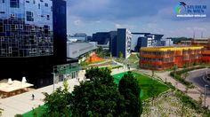 В создании нового университетского городка Венского экономического университета участвовали всемирно известные архитекторы. Таким образом, в Вене появился не только новый университет, но и новая цель для всех, кто интересуется архитектурой.