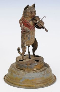 *TOY CAT ~ clockwork toy of cat playing violin late century selling July 2014 Antique Toys, Vintage Toys, Vintage Antiques, Metal Toys, Tin Toys, Victorian Toys, Victorian Dollhouse, Modern Dollhouse, Arte Popular