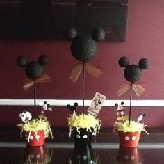 Mickey Mouse Topiaries!