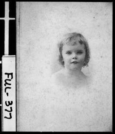 Atlanta, 1900-1905. Elizabeth Tuller. She later married Dr. William Perrin Nicolson, Jr.