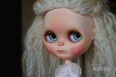 https://flic.kr/p/WJeoQ1 | Customização Blythe Daenerys ~ Game of Thrones | Neo Blythe Takara, modelo Simply Love Me (SLM) ~ Lançamento: Novembro/2012 ~ Doll enviada  por Claudia Manso, colecionadora de Florianópolis – SC para que eu pudesse realizar o trabalho de custom!