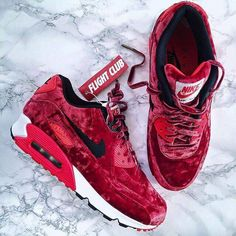 newest 15e2f 85db1 Sneakers For Girl   Picture Description Nike Air Max 90 Anniversary Red  Velvet