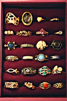 Awesome rings ... ✯ http://pinterest.com/pin/516154807263744165/