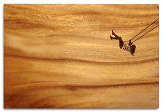 Beautiful Views Chopping board - Swinging woman / 34 x 23 cm Oiled acacia by…