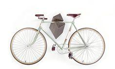 "Gancio bici legno rovere ""Elk"" da Woodstick Ltd."