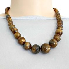 Necklace swirled mahogany coffee caramel graduated beads 18 inch plus #unbranded #StrandString