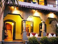 7 restaurantes de comida árabe en Santiago. Restaurante  Omar Khayyam de comida árabe en Santiago