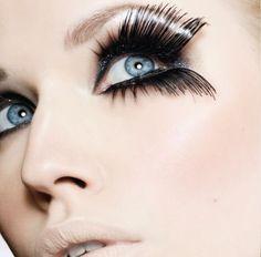 eyelash extensions last