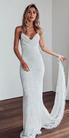 Charming White Lace Mermaid Sleeveless Cross Back Wedding Dresses 6b0e42f898