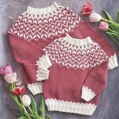 ❄️All time favourite❄️ Minst 9 grunner til å strikke Frostgense Kids Knitting Patterns, Knitting For Kids, Baby Barn, Baby Booties, Booty, Photo And Video, Crochet, Sweaters, Tops